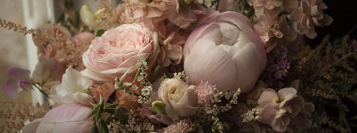 fruhansenblomster_blush_bouquet_clseup